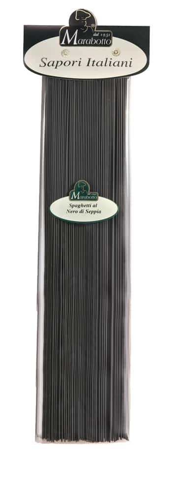 Schwarze Spaghetti mit Tintenfisch Tinte